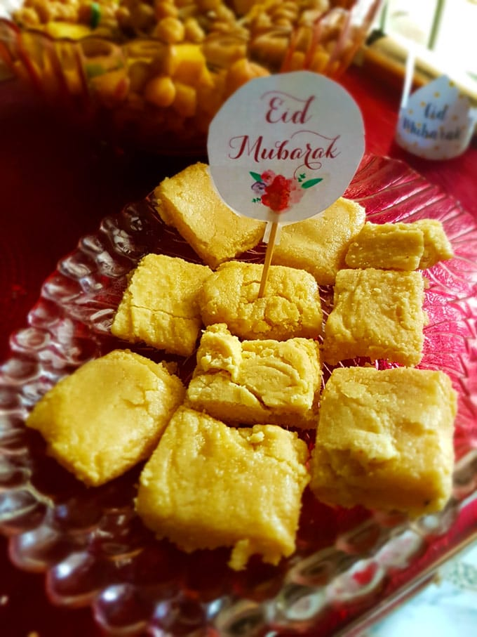 Besan Ki Mithai | Becky Keeps House - Besan ki Mithai is an irresistible Pakistani sweet made from semolina and gram flour. Easy to make and perfect for tea parties, family gatherings and Eid!